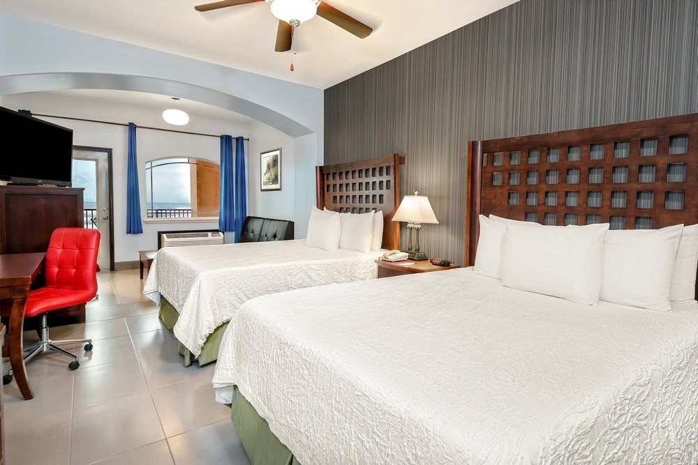 Stay in Gulf-View Suites