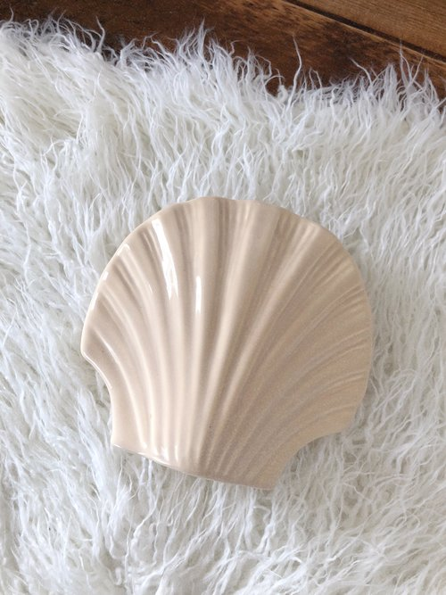 Seashell Vase Condor General