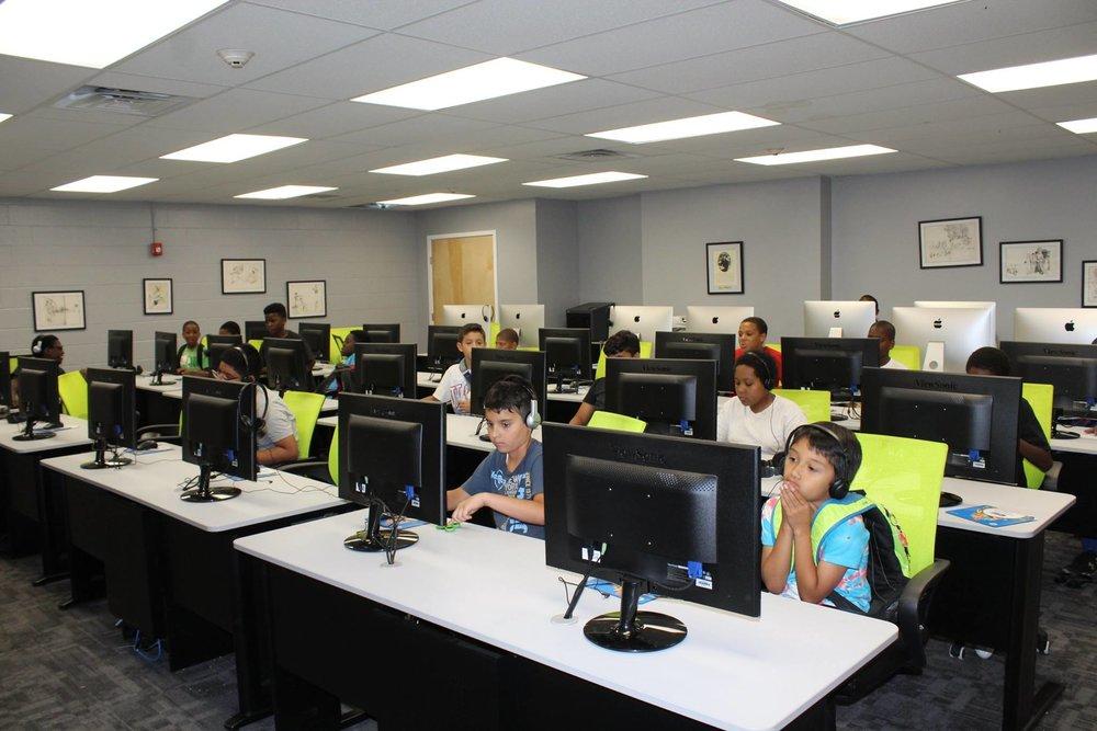 The  Charlotte Naomi Horblit Technology Center at the Carver Community Center