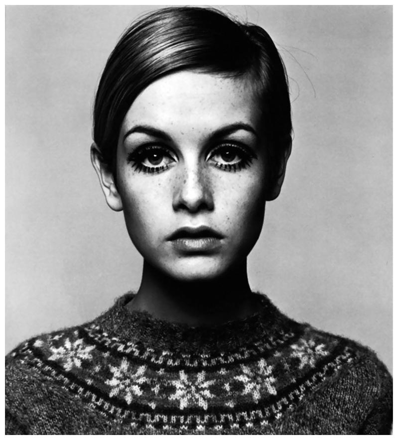 twiggy-1966-by-barry-lategan.jpg