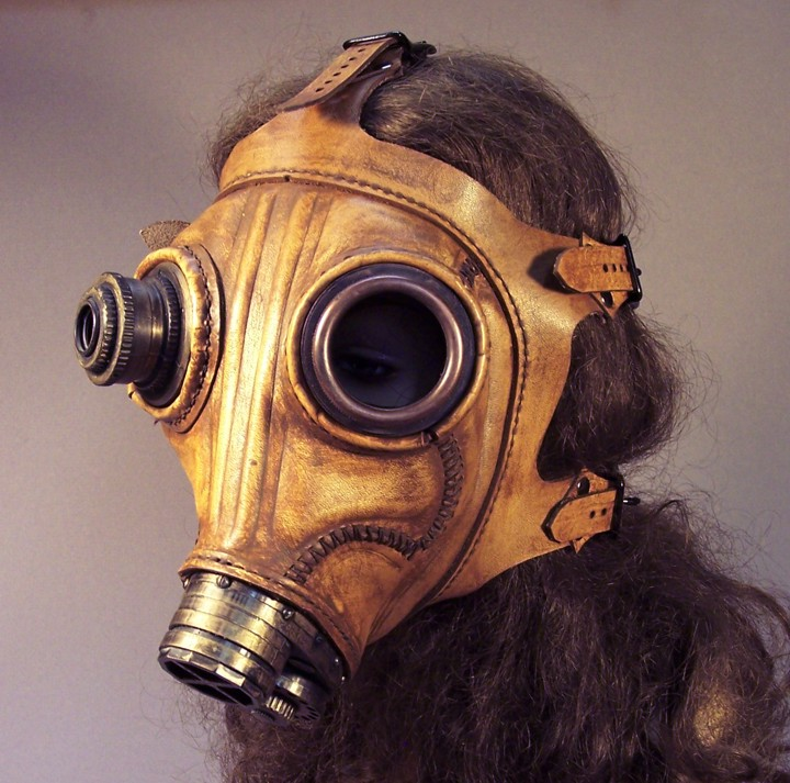 steampunk_leather_gas_mask_by_tombanwell.jpg