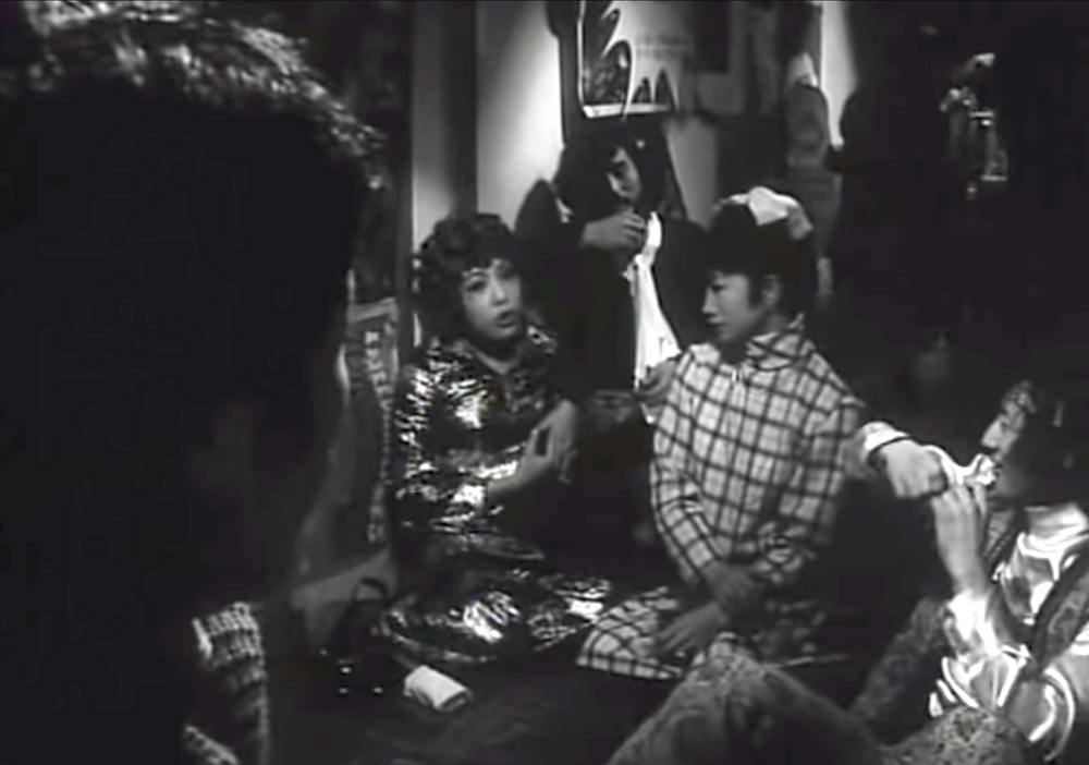 reflektmagazine_funeral parade of roses 6.png