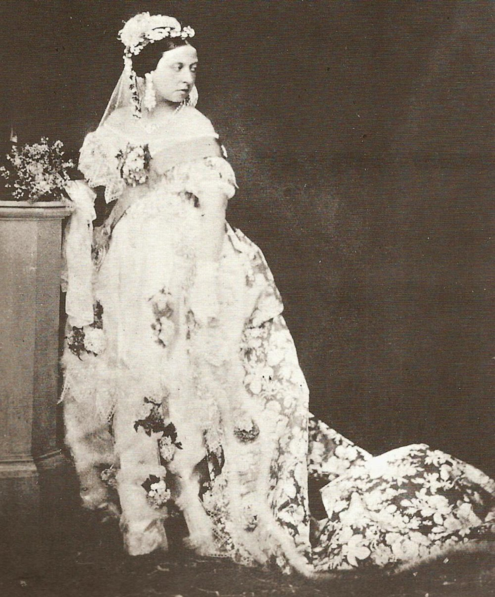 The queen who popularized the white wedding dress: Queen Victoria when she married Prince Albert 1840
