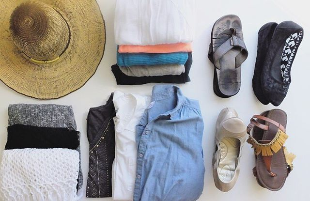 Does anyone else try and fit all of their things in a carry on? I know I do! Here's a few tips on how to do that by @clarissa_theviewfromhereis 💕 happy traveling!
