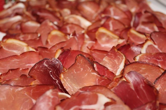 Vleeswaren bij een Italiaans buffet
