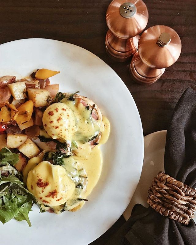 It would be a good idea to make brunch plans for the weekend and enjoy @chezmariussf ! Find them on Fawn. Repost from the lovely @foodie.dreams ✨#sanfrancisco #eatlocal #eatsf #brunch #shopsf #shoplocal #localeats
