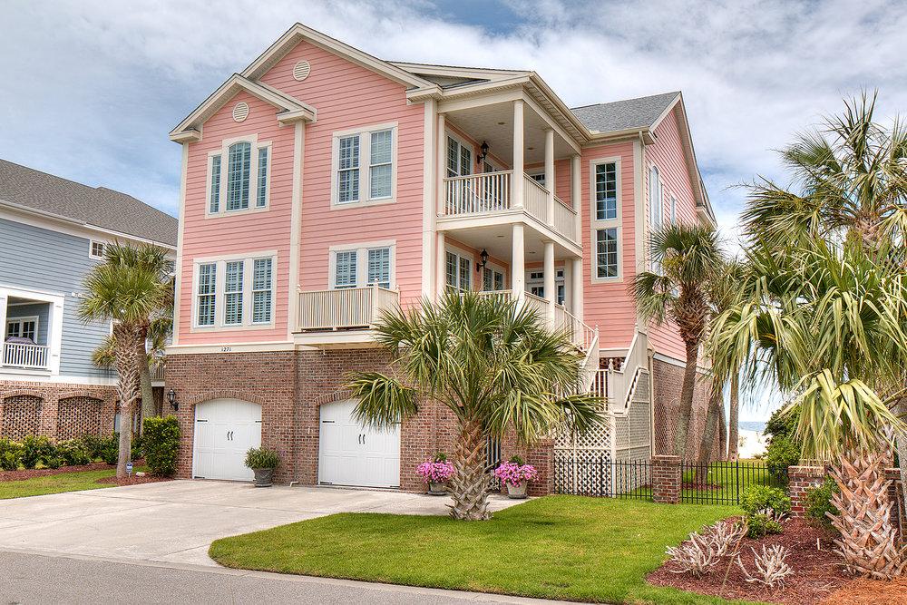 1271 Norris - house front MLS.jpg