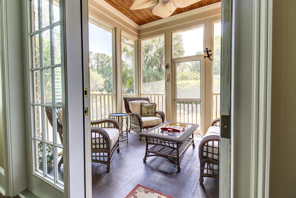 67 Harbor - screened porch MLS.jpg