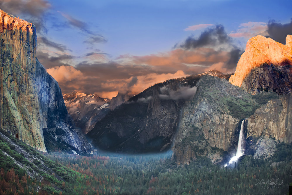 Sunset at Tunnel View Yosemite national Park 3 .jpg