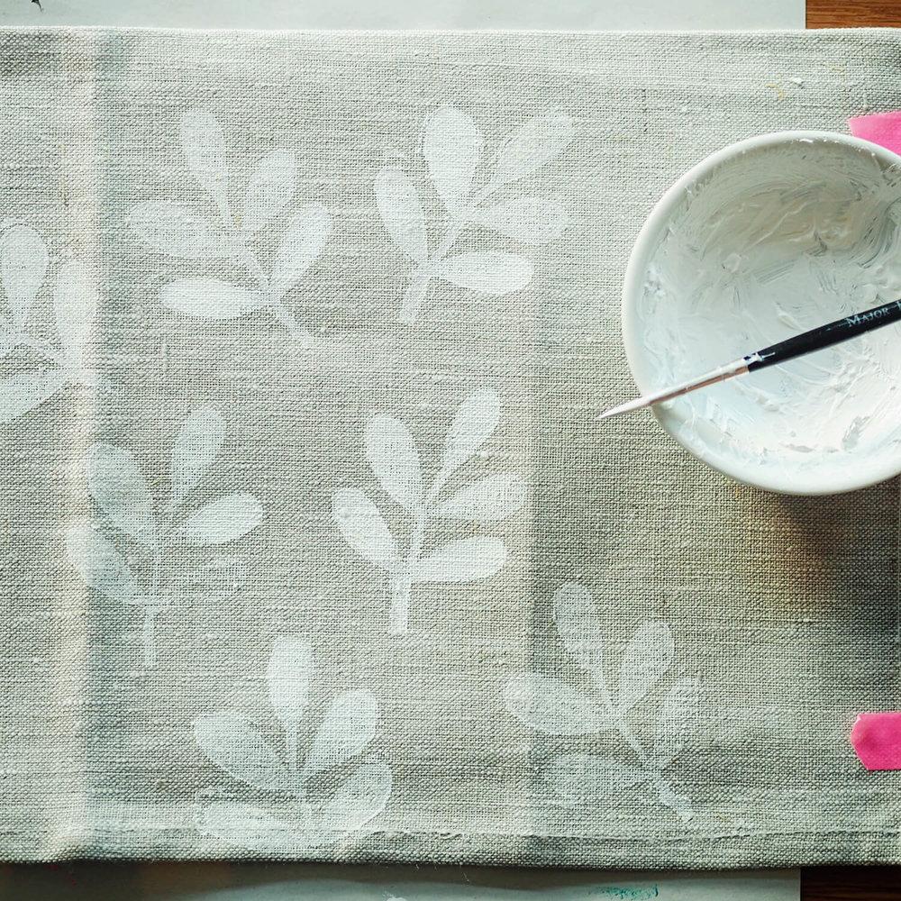 Linen_napkin_painting_W.jpg