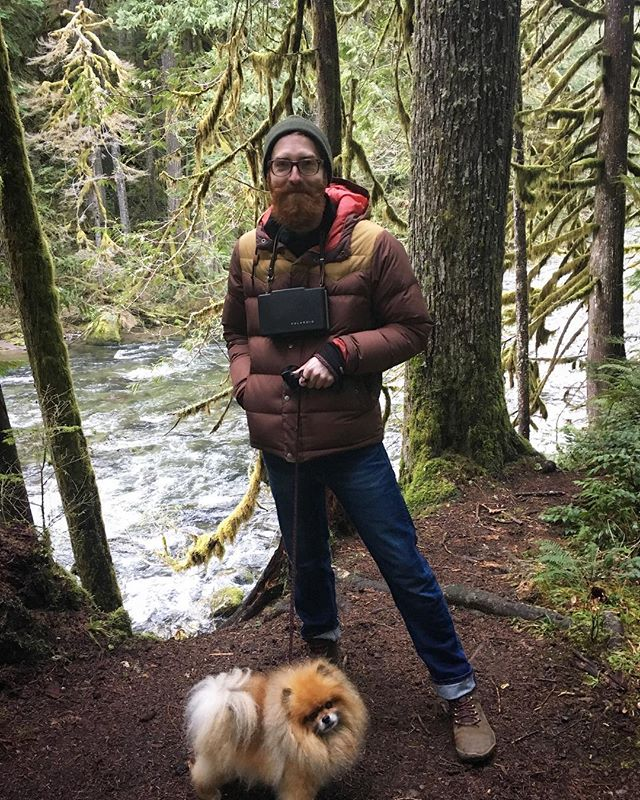 Starting the #newyear 2019 with #shinrinyoku and @mackthepomeranian #dog #pomeranian #oldgrowth #oregon