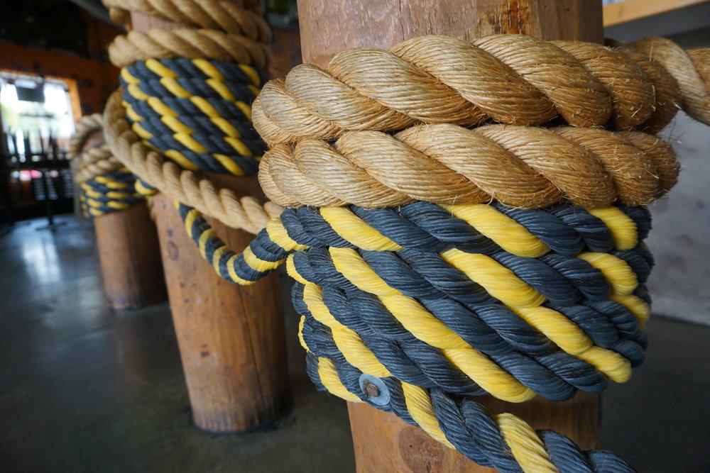 Photo inside of Kickin' Crab Rope Decor