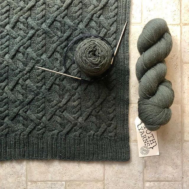 With the back piece of my #iliacardigan blocked, I'm so much more motivated to do the other pieces! Because look at those cables!!! 😍 Maybe I'll actually get to wear this mega knit this winter? Yarn is #yothmother from @ewefibers, pattern by cable-sweater-genius @mishi2x. . . . . . . #cableknitting #michellewang #fingeringweightyarn #cablecardigan #handknitcables #knittersofinstagram #handmadecardigan #handmadewardrobe #knitting #fortheloveofknitting #yothyarns