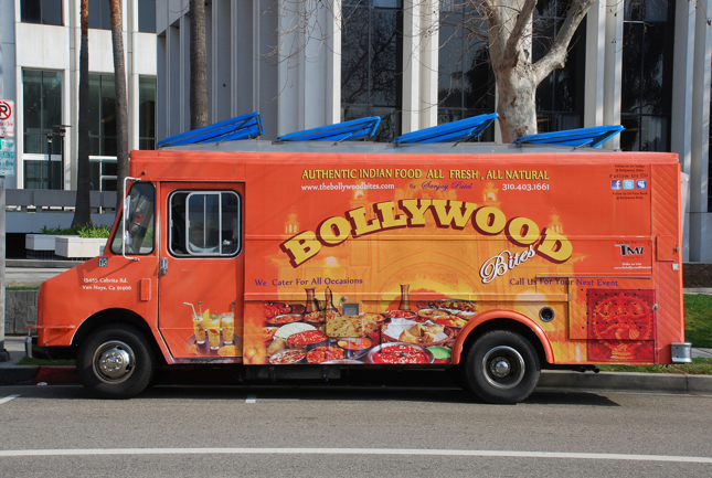 bollywood-bites-food-truck-los-angeles-food-truck-01.png