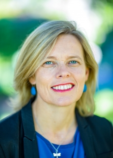 Melissa resided at College (1991-1993) whilst completing a Bachelor of Arts at UWA. After a brief stint in the UK, Melissa joined PWC as a graduate in 1995 in its insolvency team working in Perth, Singapore and Melbourne. In 2013 Melissa joined PPB Advisory, a boutique restructuring and advisory firm, and is now a Partner in its Perth office.