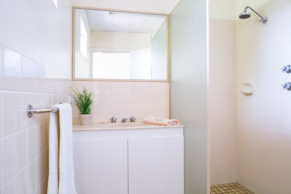 South Wing ensuite bathroom