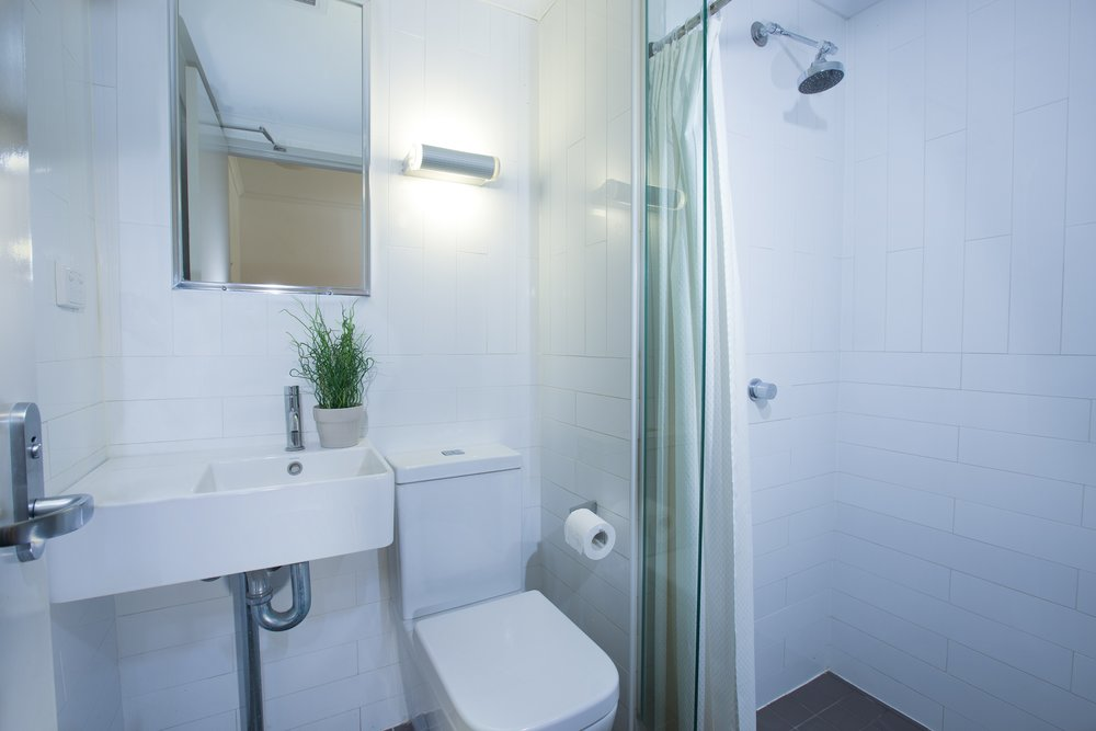 Newby Wing ensuite bathroom