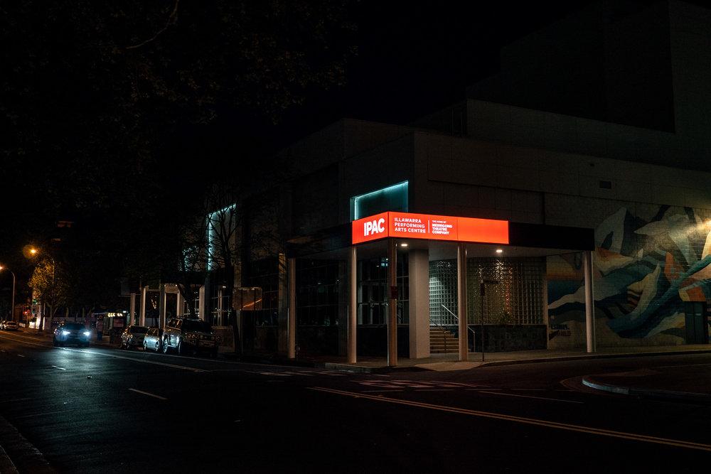Illawarra Performing Arts Centre (IPAC). Illuminated signage by Visual Energy