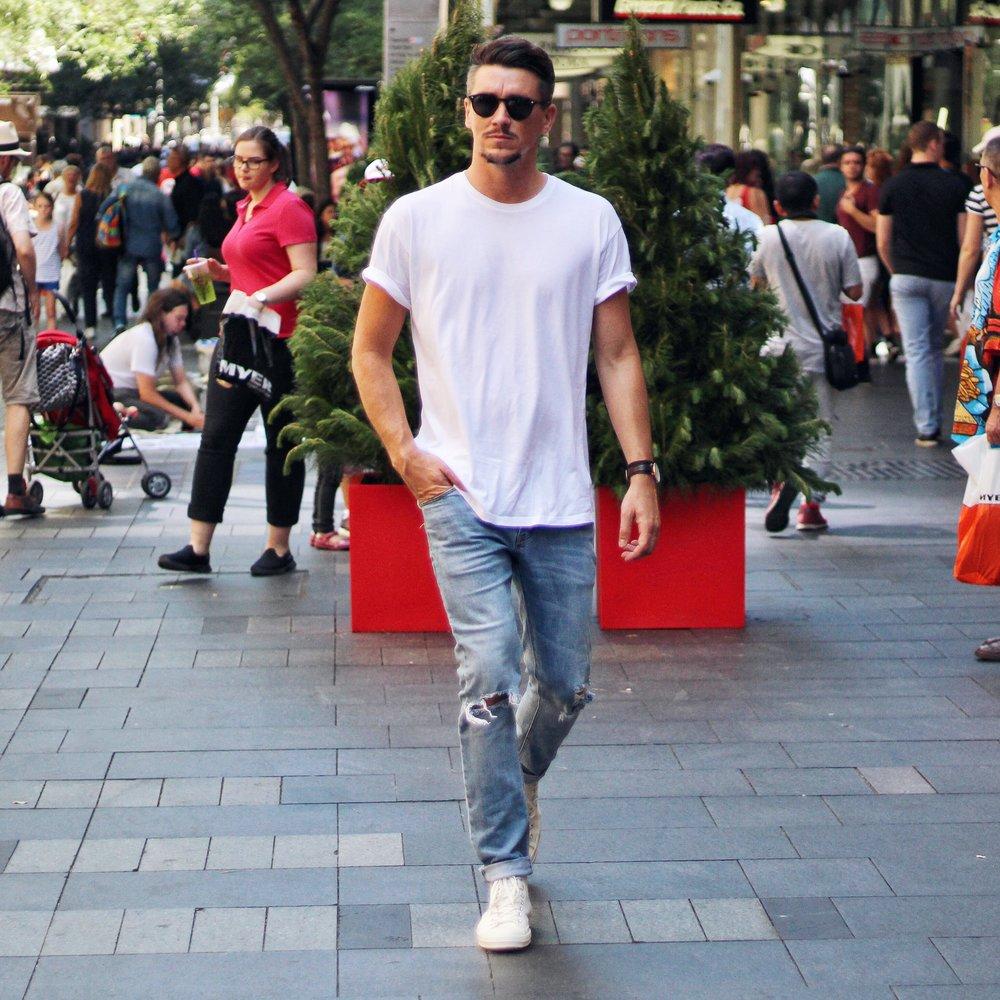 T-Shirt - Topman   Jeans - Abrand Jeans   Kicks -  Comme Des Garcon Play