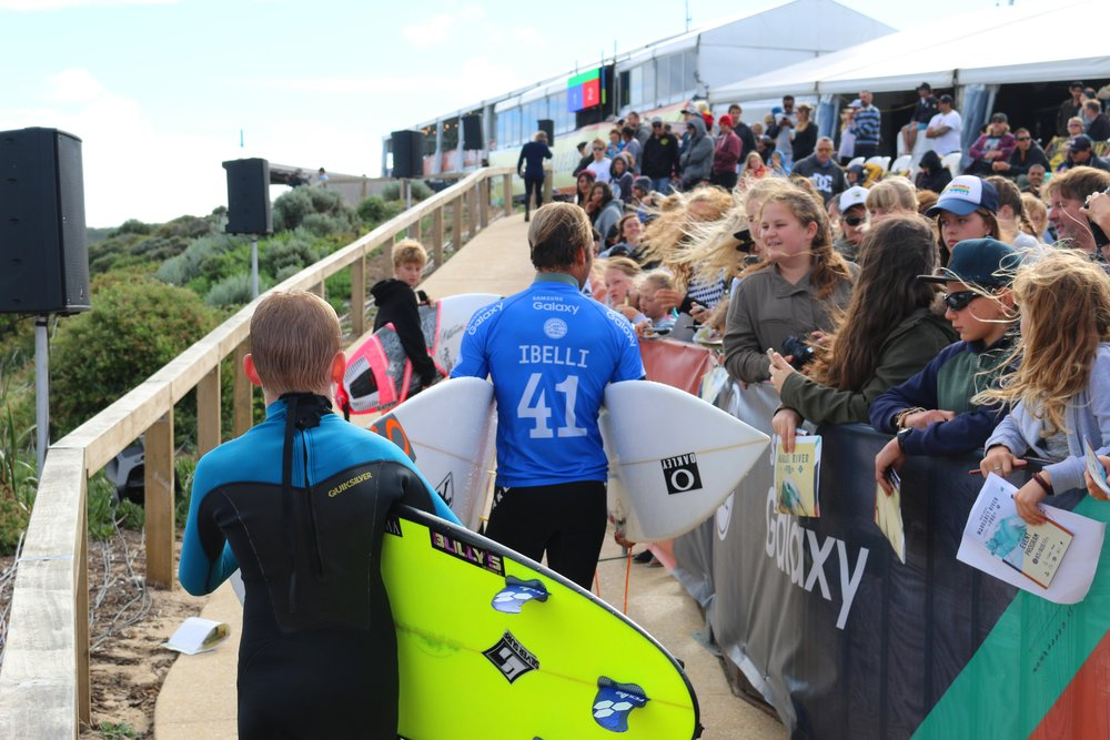 Caio Ibelli greeting a waiting crowd post heat at the 2016 Drug Aware Margaret River Pro
