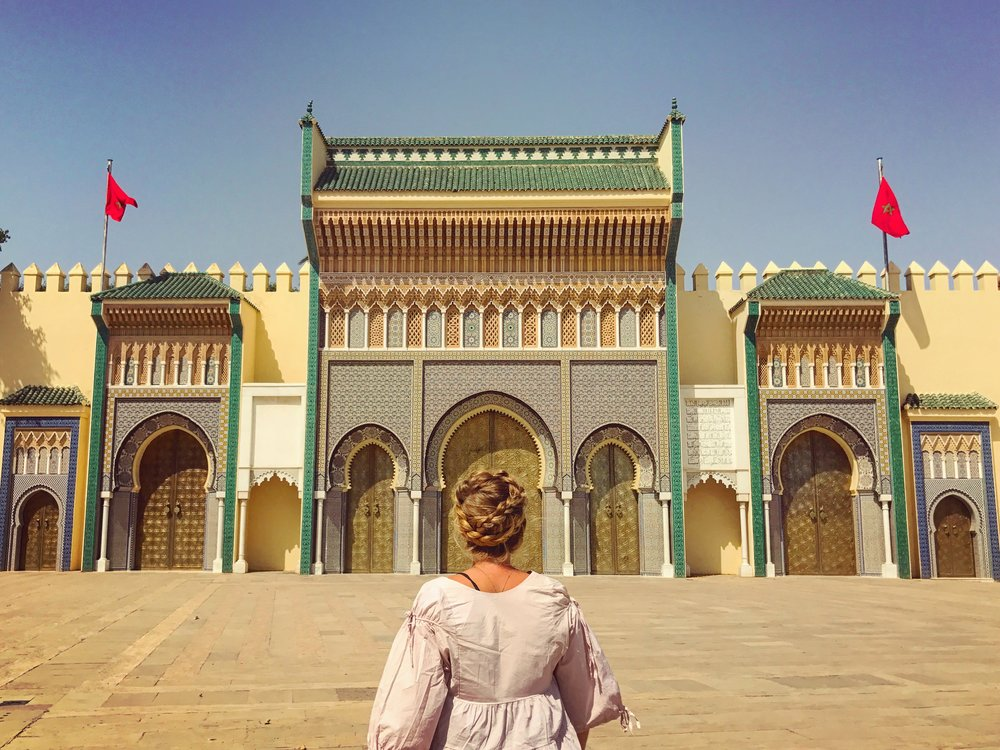 The beautiful gates of Bab el-Mansour are the grandest in all of Morocco and give reason to why Meknes is an Imperial City. Image: @mermaid_tales_adventure