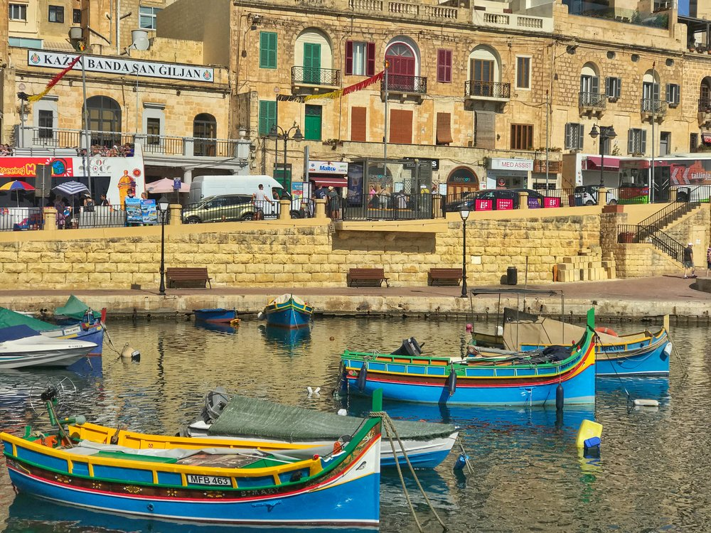 Beautiful Spinola Bay near St Julian's is a gorgeous harbourside town packed with beautiful cafes and restaurants perfect for enjoying Malta's beautiful weather.  Image: @mermaid_tales_adventure