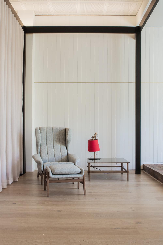 Stylecraft showroom - Woods Bagot | Custom Stain