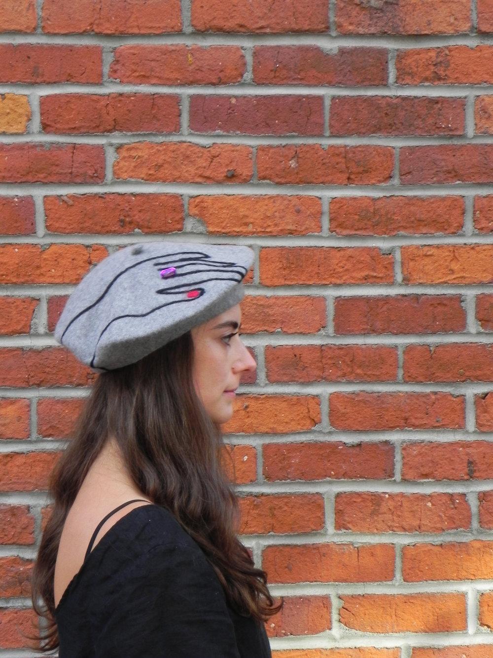 beret grey