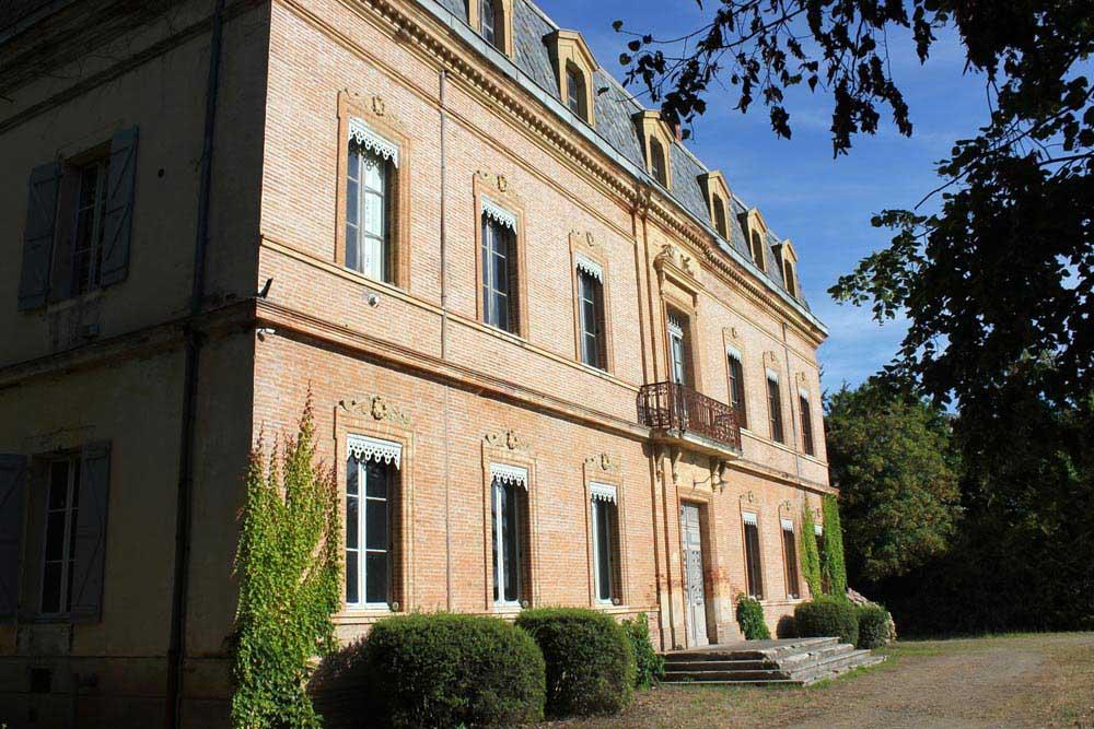 Chateau JAC front entrance