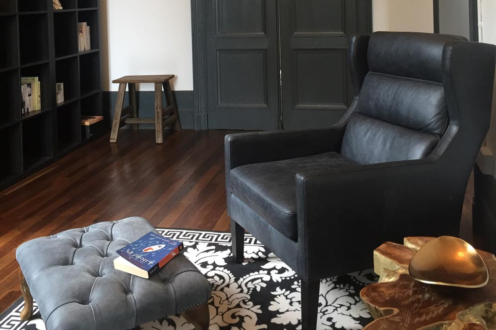 Chateau JAC library armchair