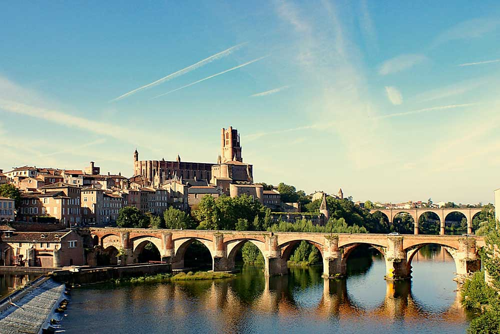 Visit Albi easiliy from Chateau JAC