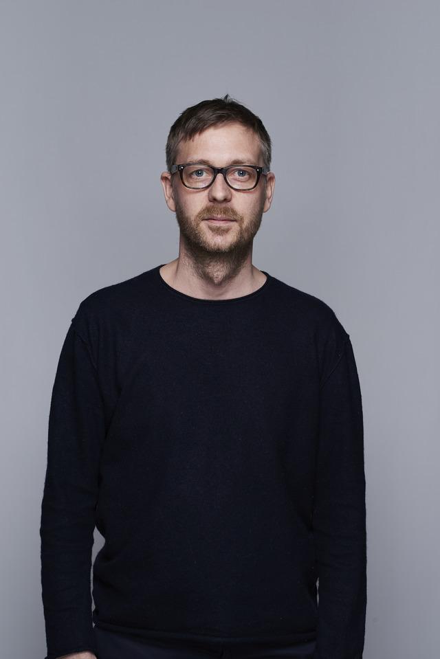 <strong>Oscar Karlsson</strong><br>Creative Director<br>oscar@above.se<br>+46 702 530 388