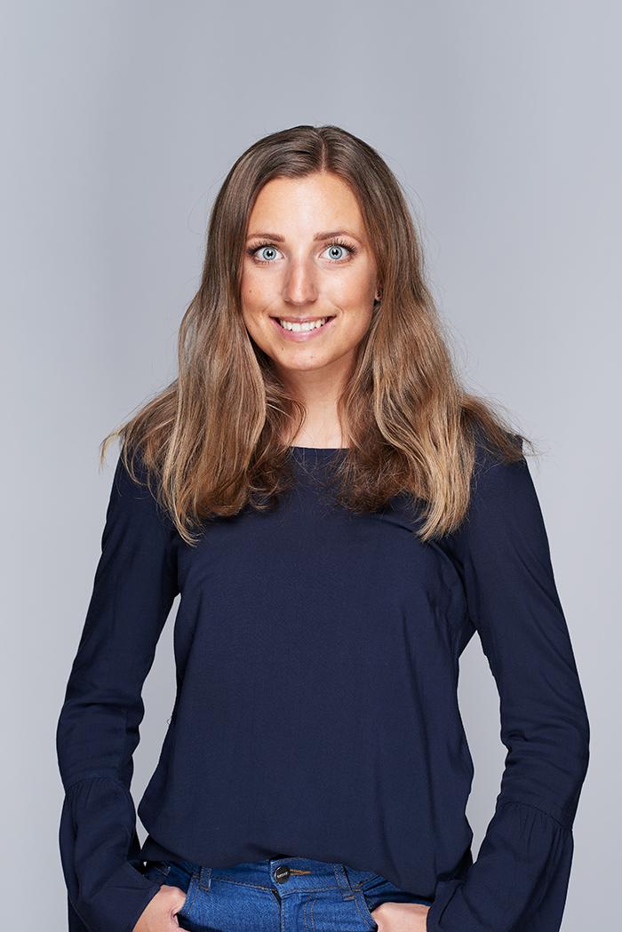 <strong>Linda Petersson</strong><br>HR Manager<br>linda@above.se<br>+46 723 209 070