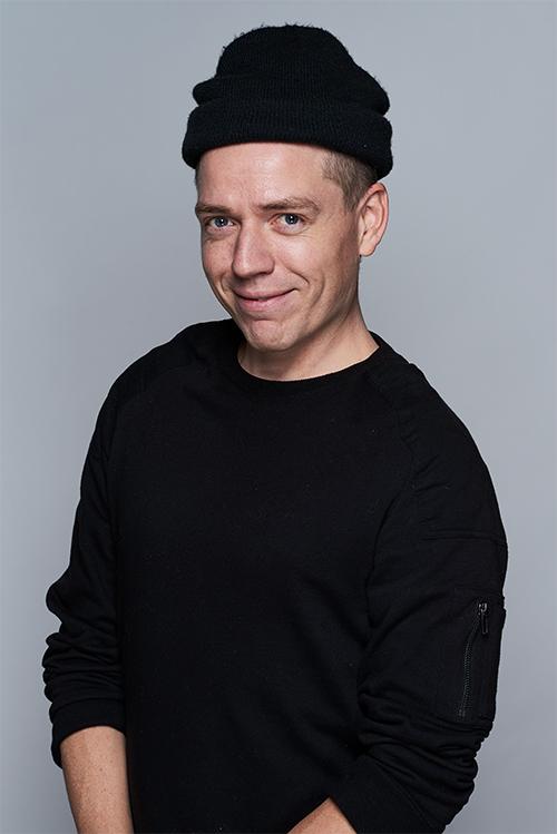 <strong>Erik Jonsson</strong><br>Principal Visual Designer<br>erik.jonsson@above.se<br>+46 72 454 0286