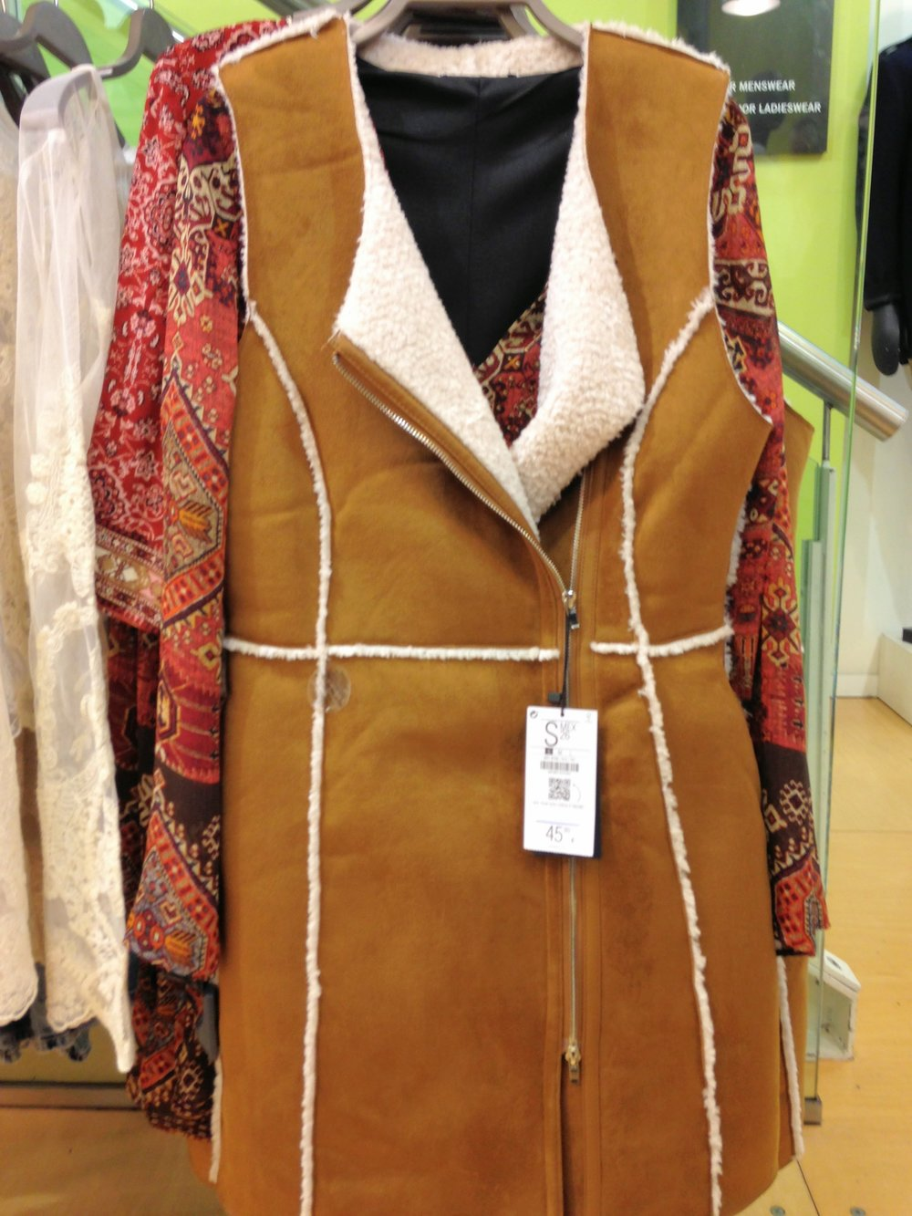 Bershka shirling gilet