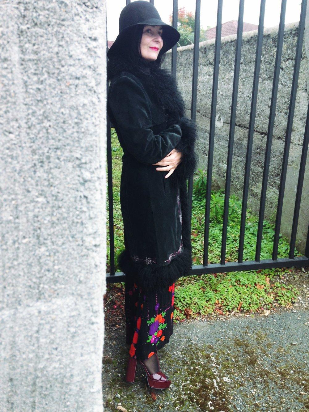 vintage afghan coat blk me