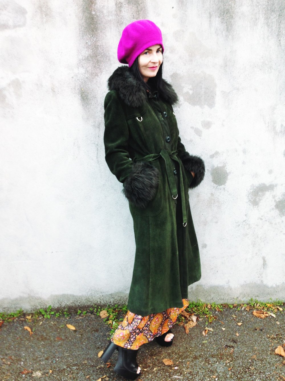 vintage green coat me