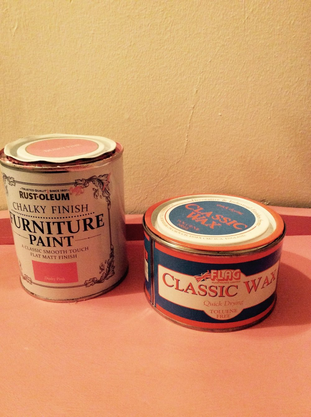 Dusky Pink Rustleum Chalk Paint and Flag Classic Wax.
