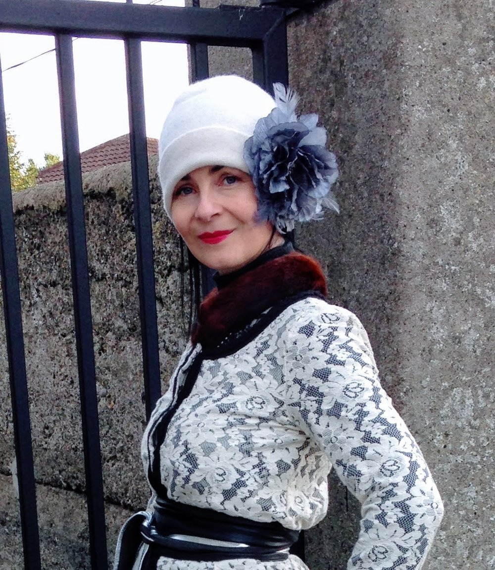 This look not for the faint hearted as I used a massive flower Brooch to embellish this beanie for a vintage shoot I did in 2016. However it does prove how a plain old beanie can be totally transformed into something quite different.