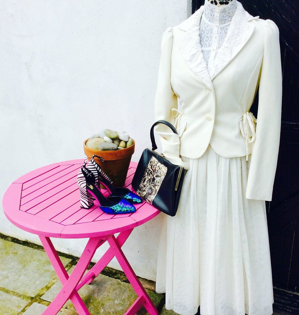 "Skirt bought in Oxfam and Jacket in St Vincents Charity shop in Dublin. These two cost me less than 12 euro and are ""one off"" pieces as the jacket is a good quality brand from the 90's."