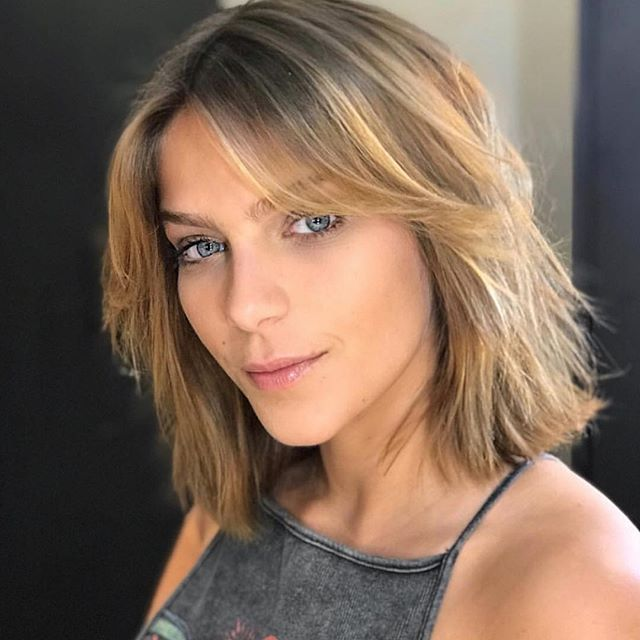 New cut @isabellasantoni  By @claudiafernandes__hair  WE LOVE IT!  #filhairandexperience  #isabellasantoni