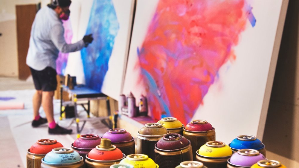 ARTISTS & CRAFTERS -