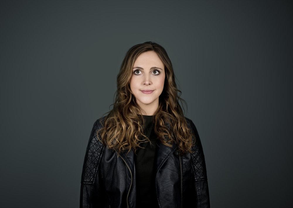 Siobhan Miller 2018 Promo 01.jpg