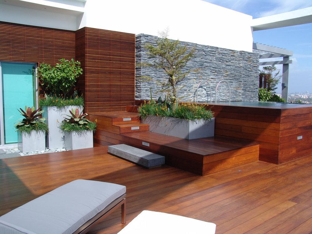 Ella Fontanals-Cisneros Rooftop Garden-8.jpg