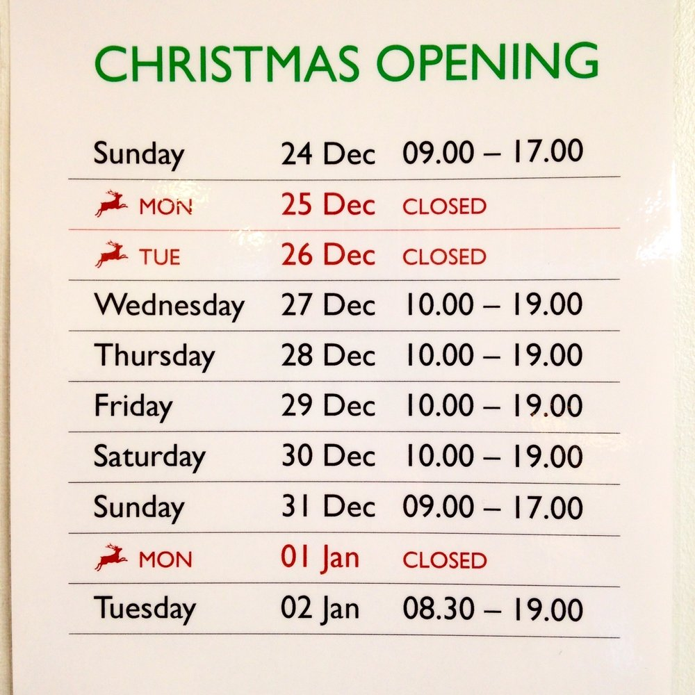 Christmas opening hours at Earth Natural Foods.