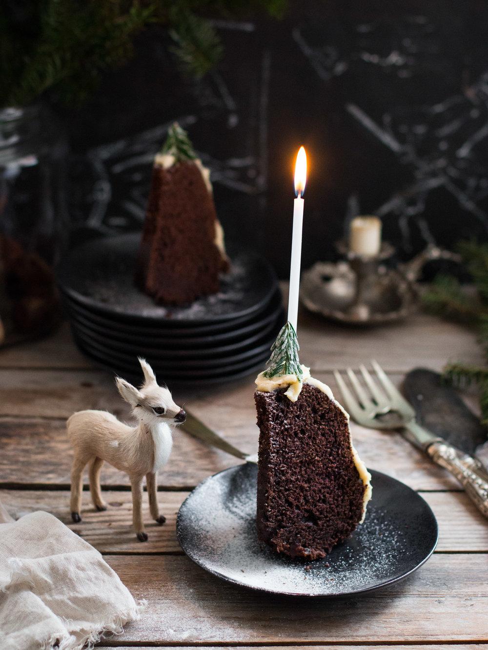 Tarçınlı, kakaolu Bundt kek