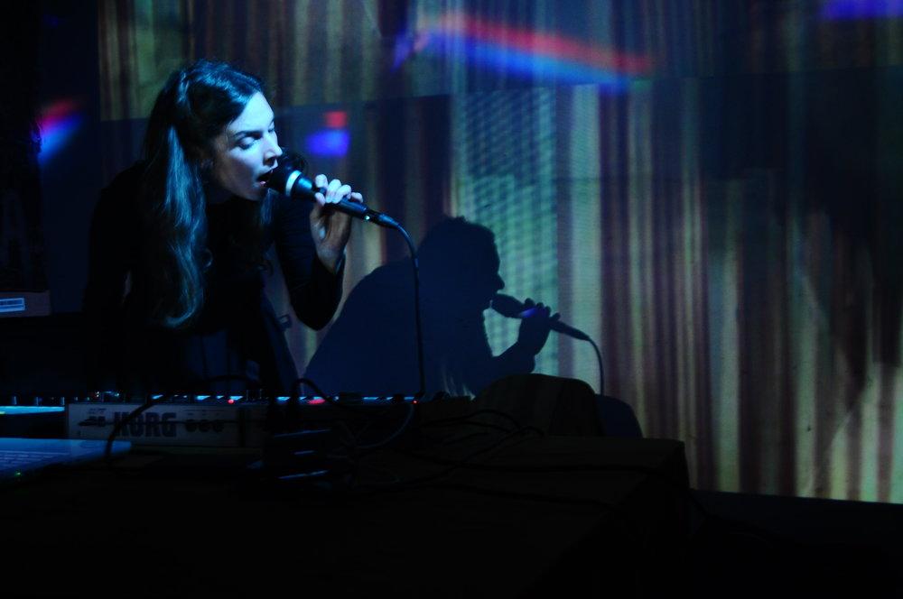 Ioana Radu — CALMDOWN