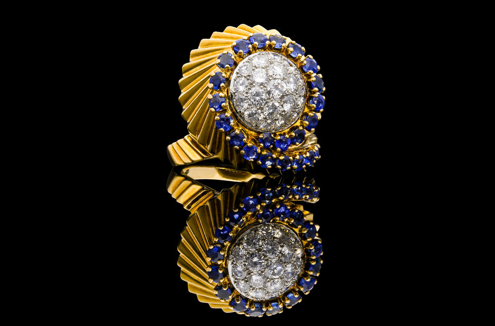 A plate 1950's French ring set   £6875