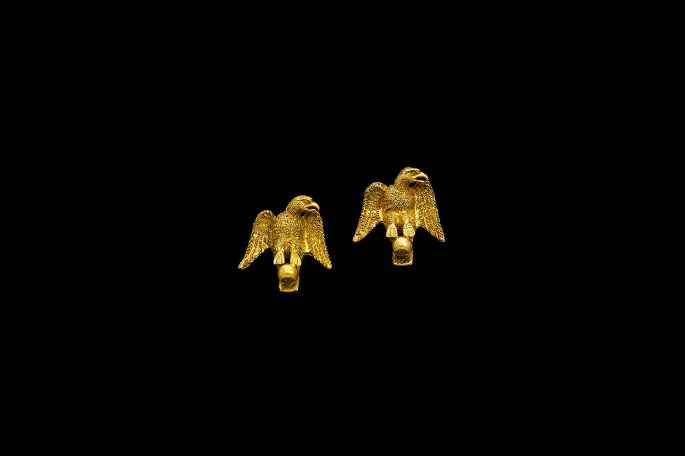 A pair of Victorian 15ct yellow gold hand tooled eagles perched on a ball earrings   £1260