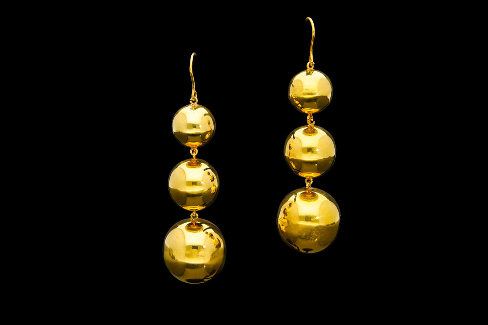 A truly incredible pair of Victorian rolled gold ball chandelier earrings   £7250